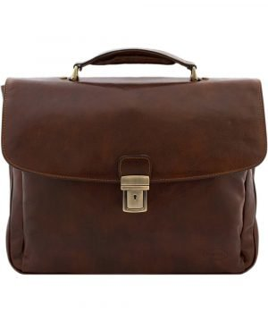 Briefcase Made in Italy in brown leather. Briefcase handmade in brown leather.